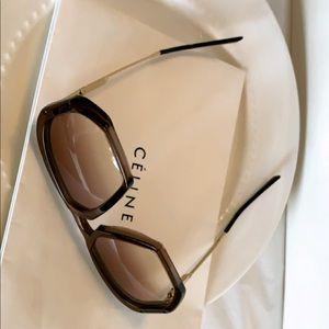 Celine CL40040U oversized sunglasses